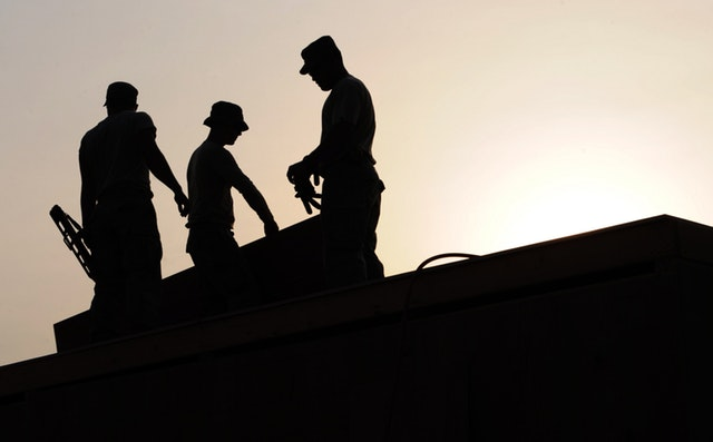 workers construction site hardhats 38293 - Finding a good Building Firm
