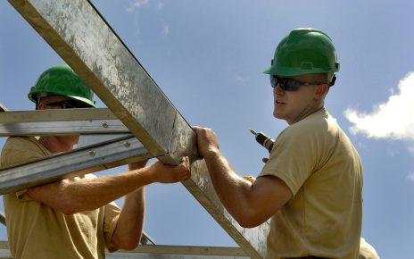 construction 652292 1280 464x290 - Choosing the Right Builder for Your Project